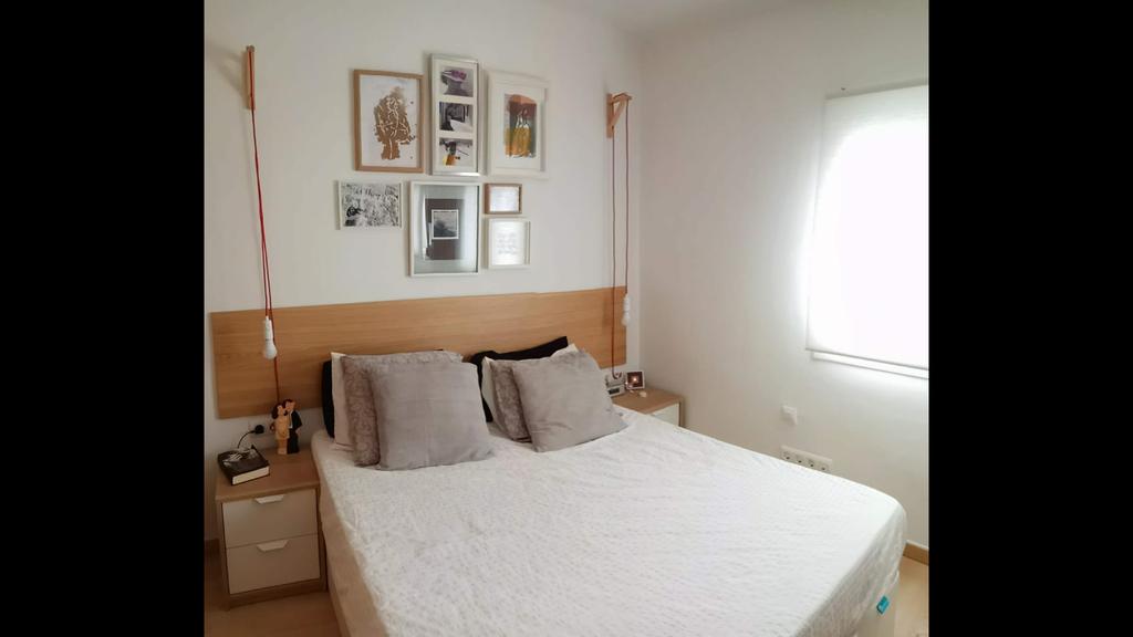 Habitación con cama de matrimonio/room with double bed