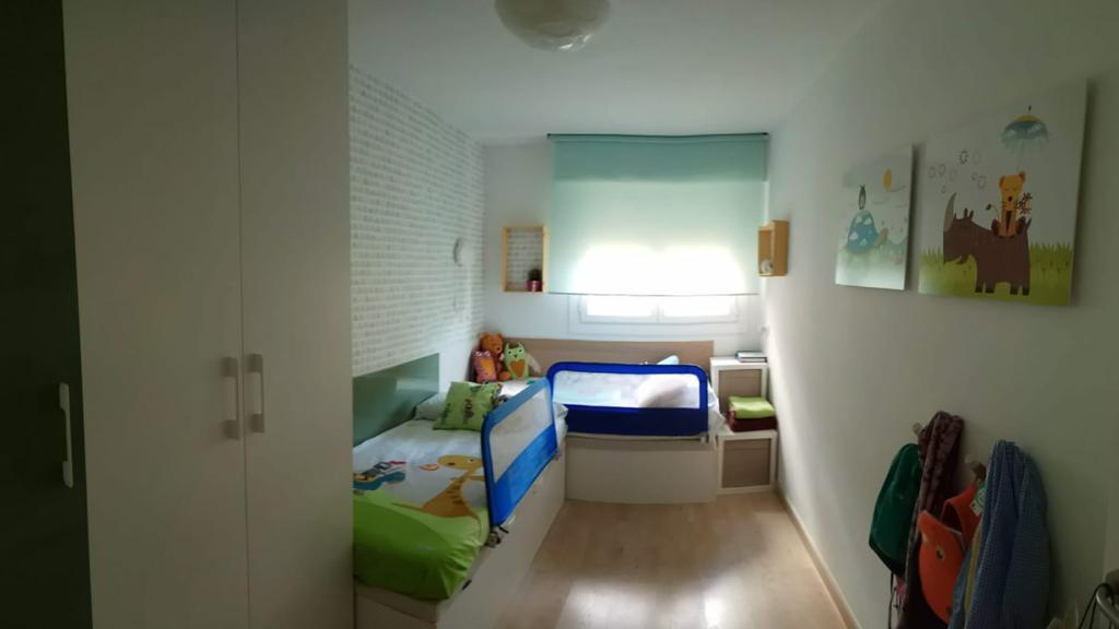 Habitación con 2 camas individuales /children's room