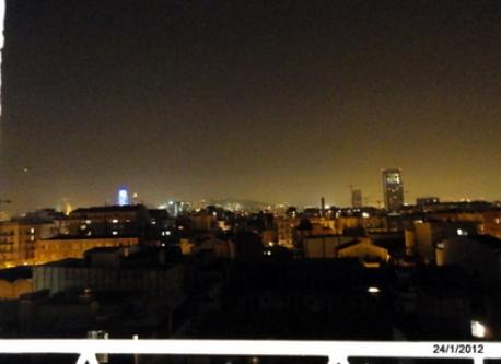 night view from my study (you can see Agbar tower, Tibidabo hill, on the left:Sagrada Familia.....)