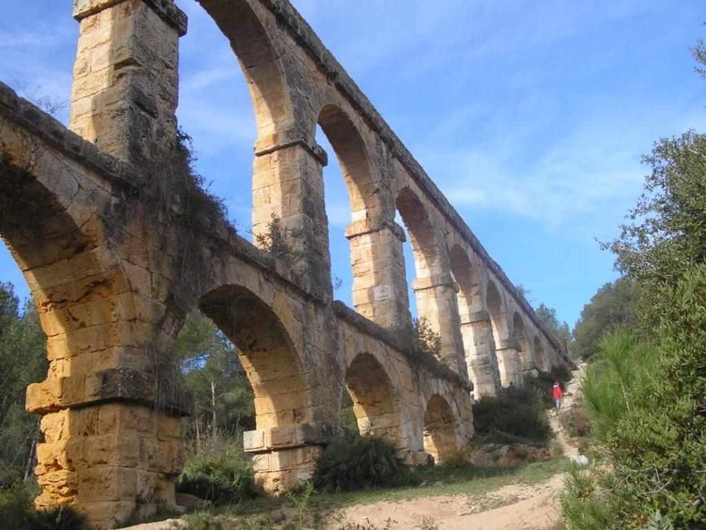 Tarragona (Roman aqueduct)