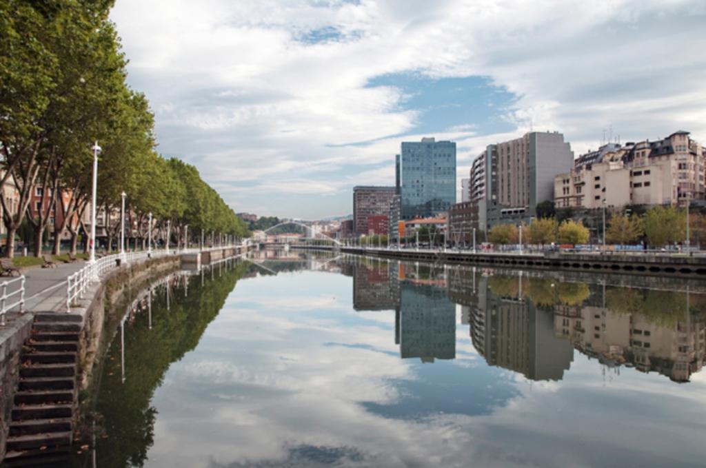 Bilbao. La Ría