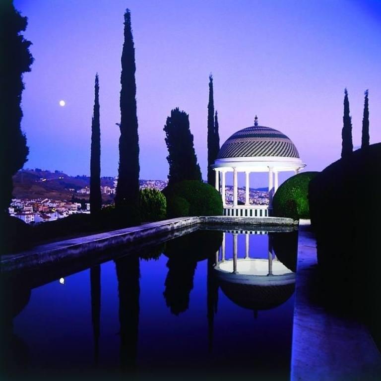 Historical-Botanical Gardens of La Concepcion http://bit.ly/1E7L7hn