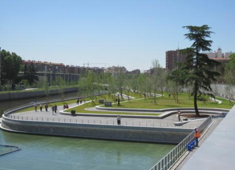 River Manzanares (2 minutes away from our flat)