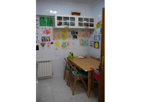 Kitchen (table)