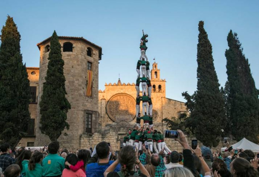 Castellers in plaça octavià