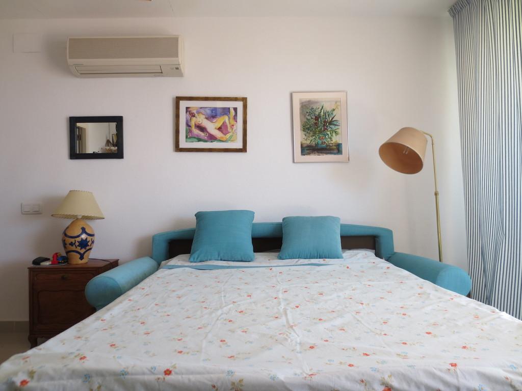 sofa -bed 1,40