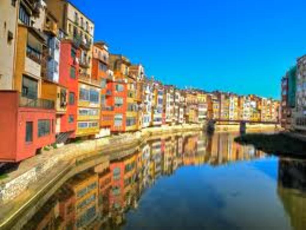 Girona (150 Kms)