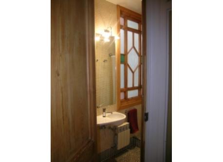 baño pequeño / small bathroom