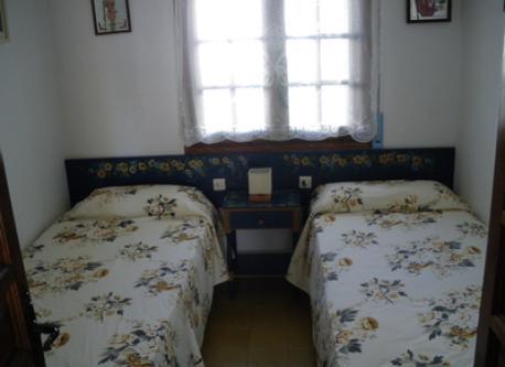 Dormitorio 2 camas.1
