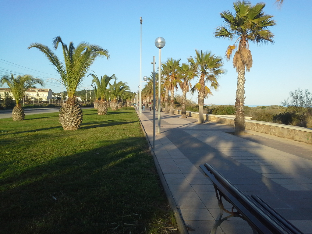 Paseo MarÍtimo Creixell-Roda de Bará