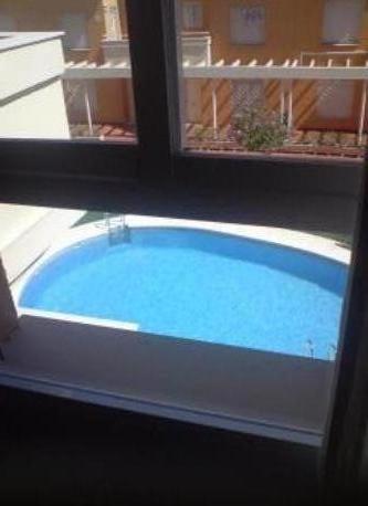 piscina adultos, desde el dormitorio matrimonio