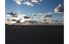 Puesta de sol en la desembocadura del río Guadalquivir. Sunset at the mouth of Guadalquivir River.