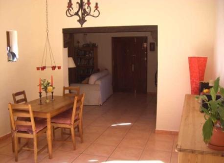 Hallway / Dining