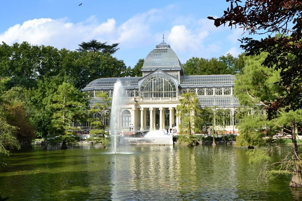 MADRID - Glass Palace in Retiro Park