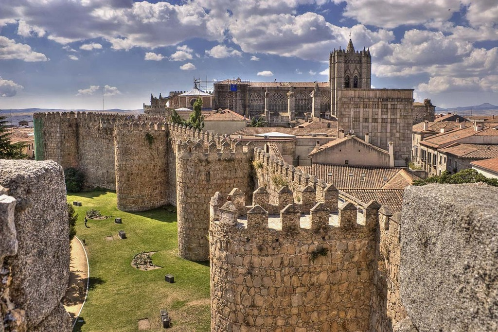 AVILA - Medieval walls & Cathedral