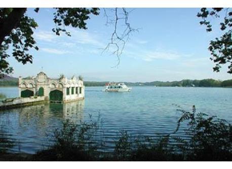 Banyoles - Olimpic lake and nature