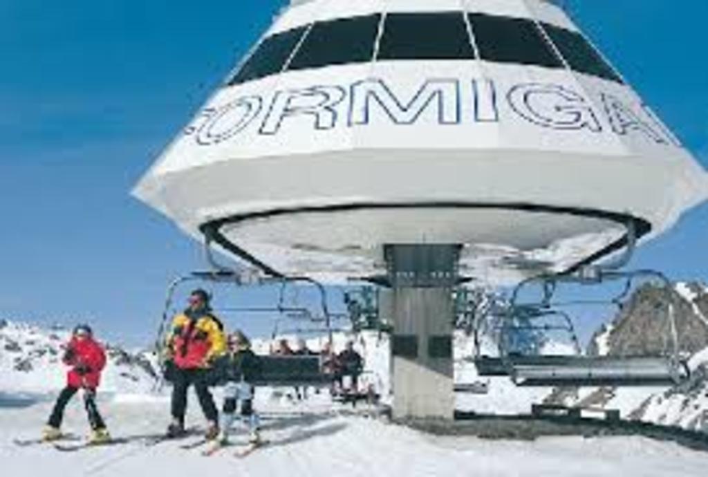 Pistas de esquí a media hora en coche