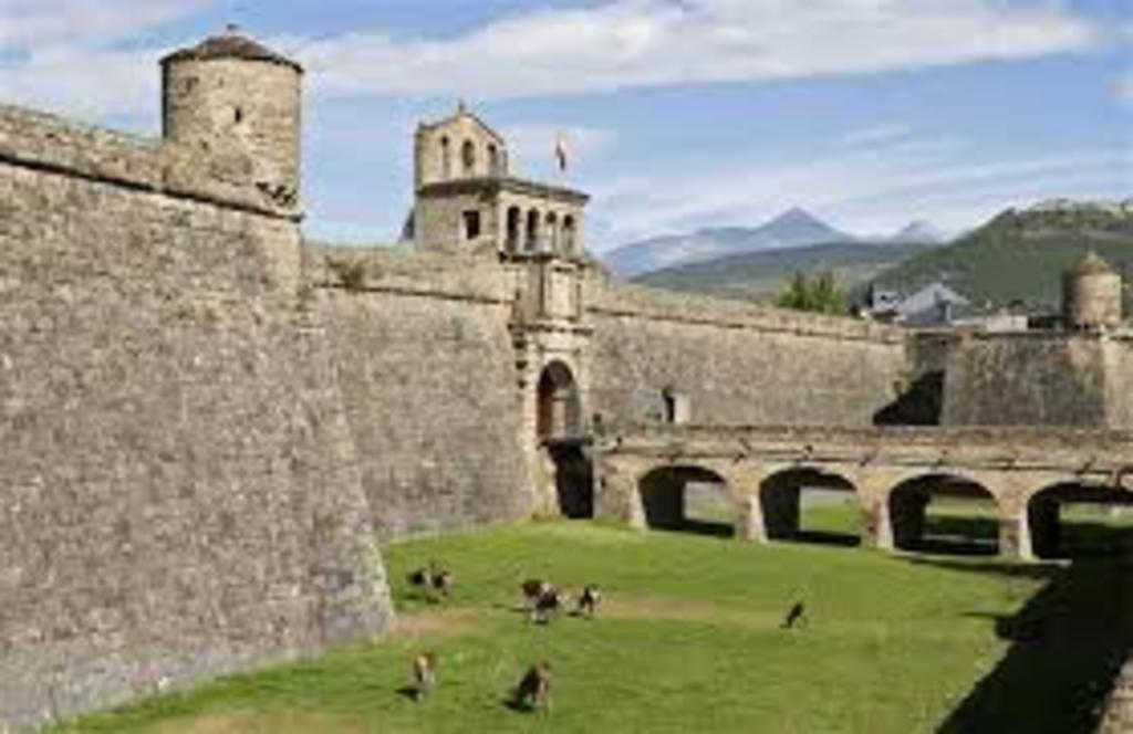 Lugares de interés histórico y turístico en Jaca y en los alrededores