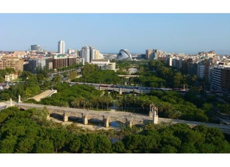 Panoramic of Turia's Garden, which crosses Valencia.