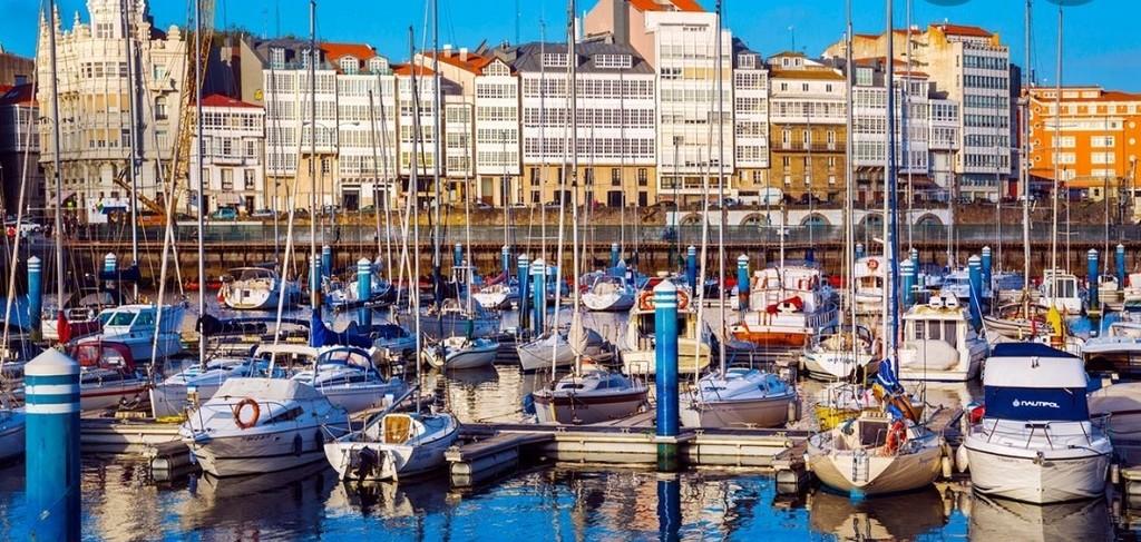 A Coruña ( 1 HR )