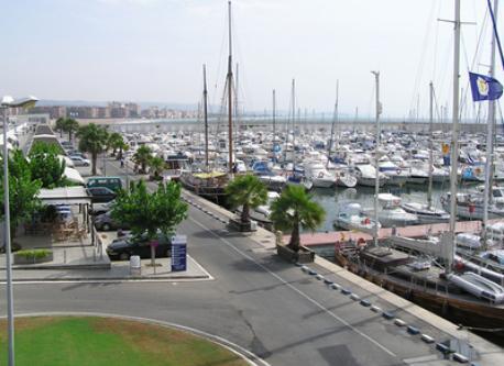 Torredembarra Port