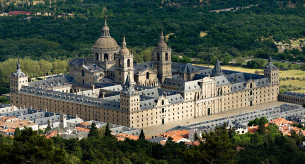 El Escorial, 15 kms from home