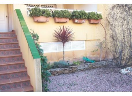 Jardin entrada principal casa