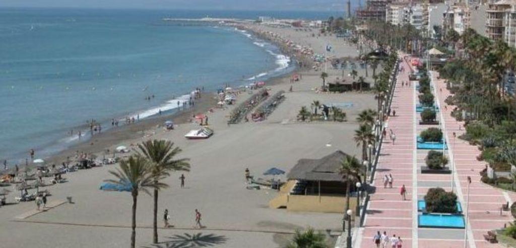 Estepona beach walk
