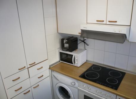cocina completa con todos los eletrodomesticos