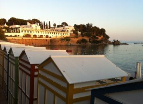 Hostal La Gavina y casetas S´agaro (Restaurante La Taverna del Mar)