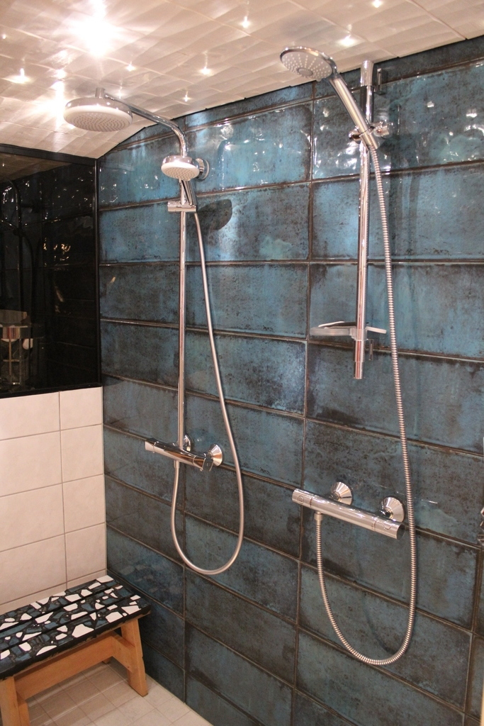 Downstairs showers