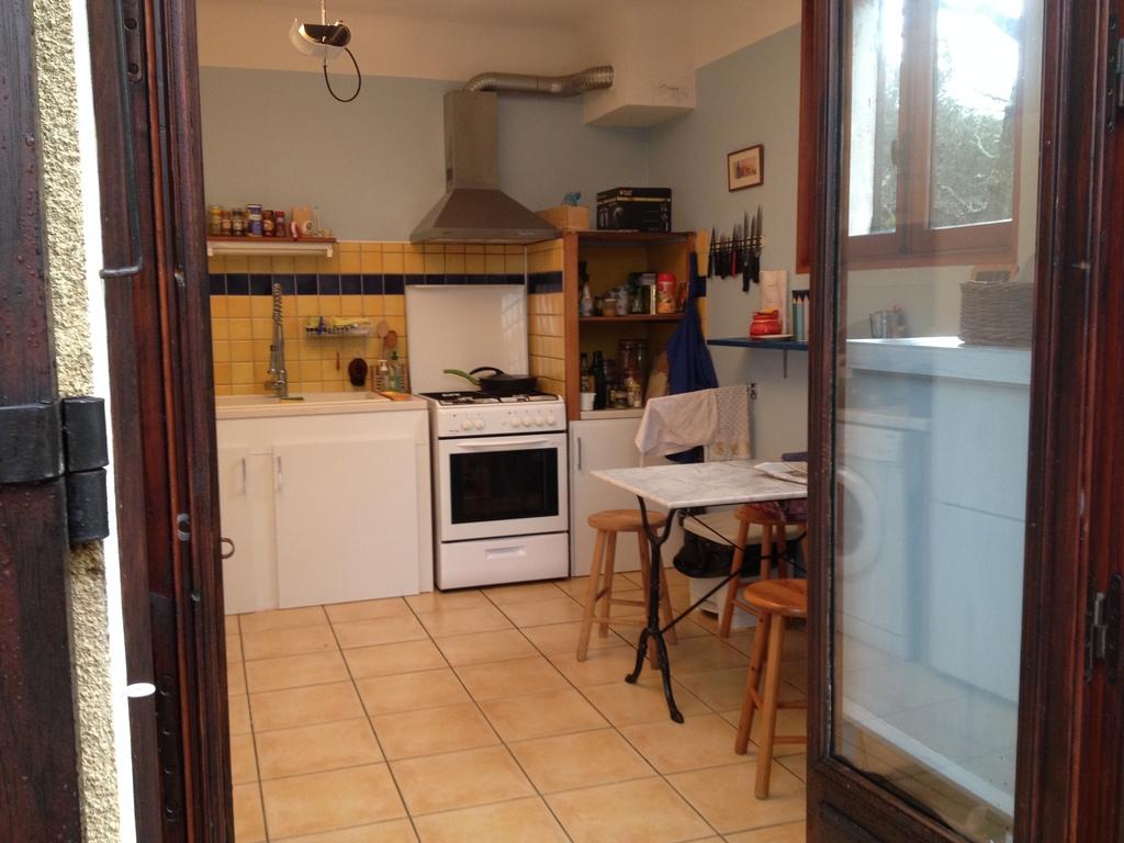 la cuisine vue de la terrasse