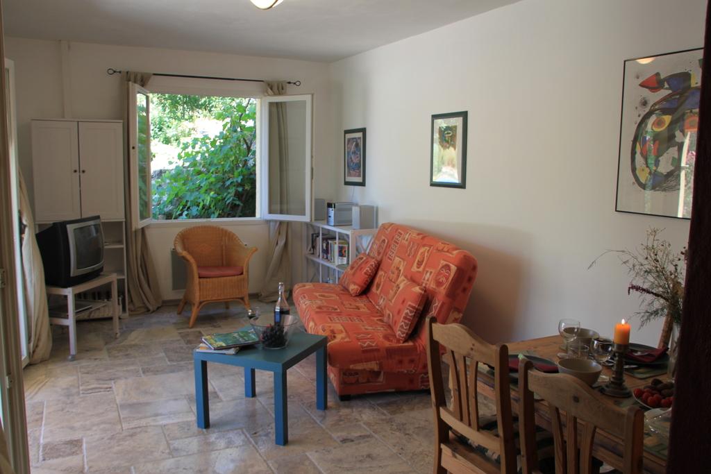 Wohnraum der unteren Wohnung