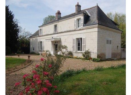 House ( La Braquerie ) face south