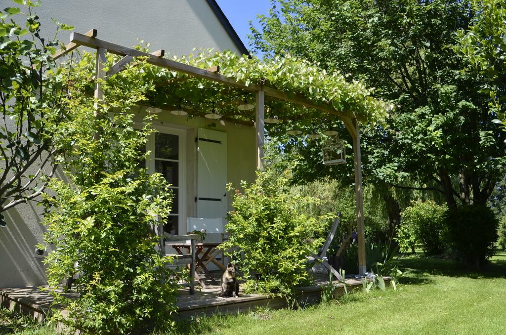Side Way terrace