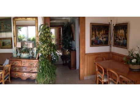 entrance / dinning room