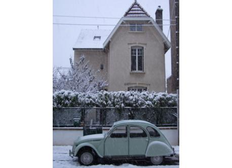 Street View in Winter, with our Citroën 2cv .
