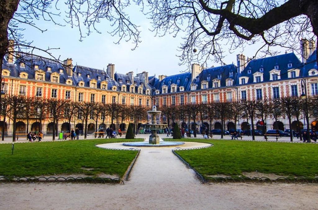 The Place des Vosges in the Marais quarter: the old Paris