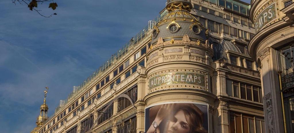 """The department store """"le Printemps""""(the Spring) , sur les Grands Boulevards"""