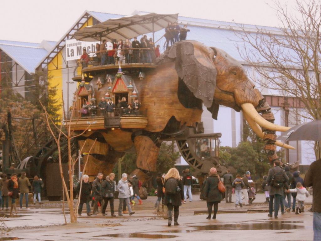 """Nantes, """"les machines de l'Ile"""", 15 km"""