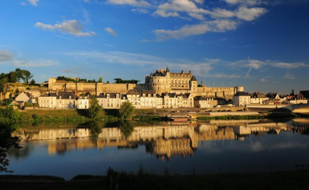 le chäteau au bord de la Loire