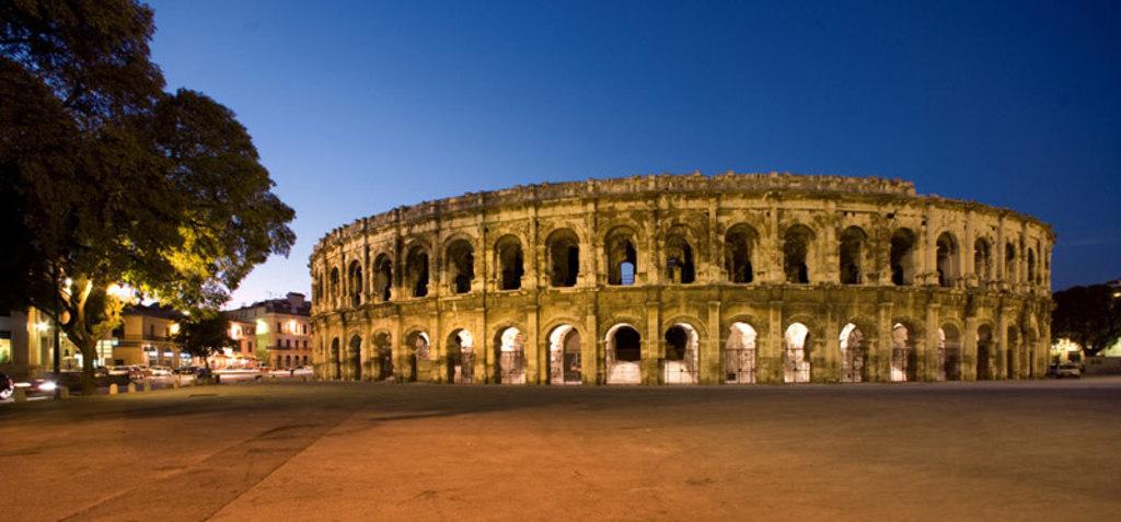 Les arènes de Nîmes - Patrimoine Unesco () 30 minutes de la maison)