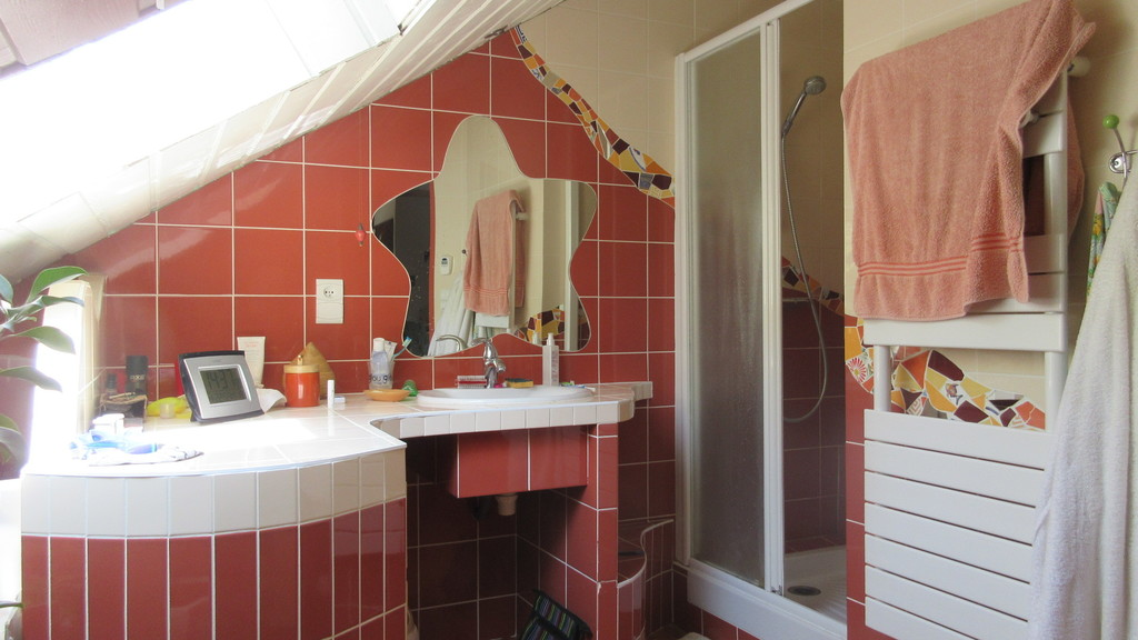 salle du bain à l'étage