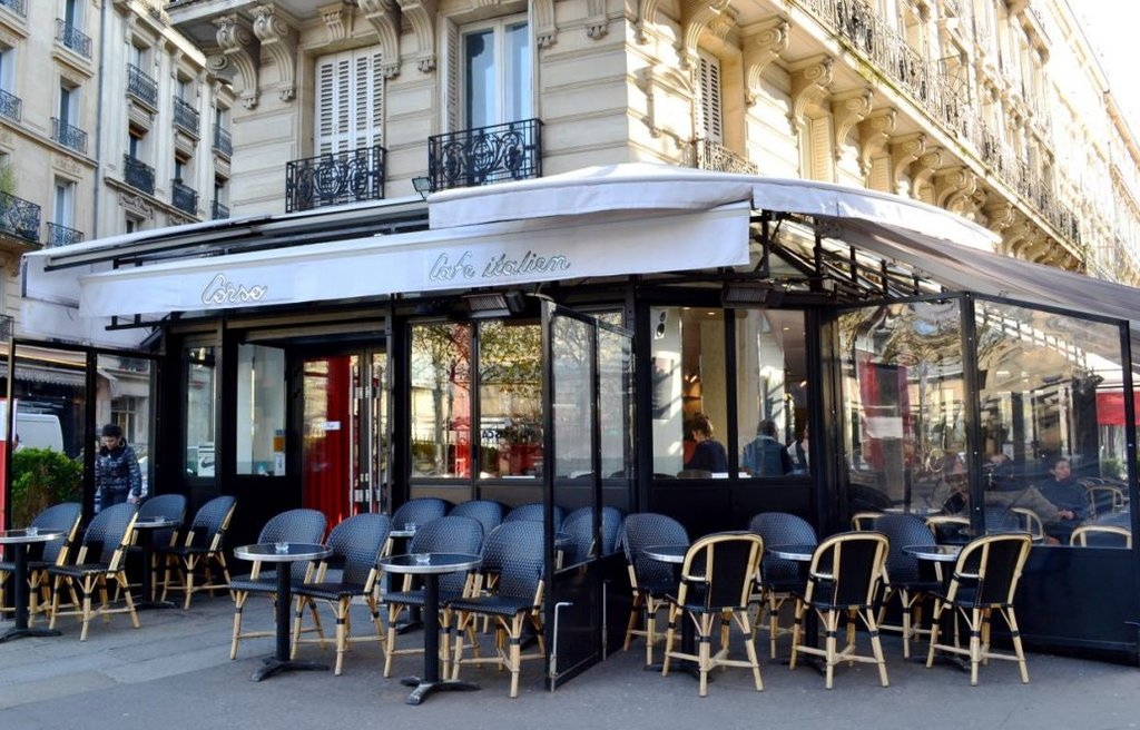Corso Italian café and restaurant up the street, facing Square d'Anvers park