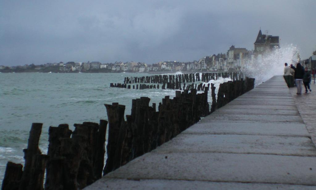 Saint - Malo ( 1 h 30)