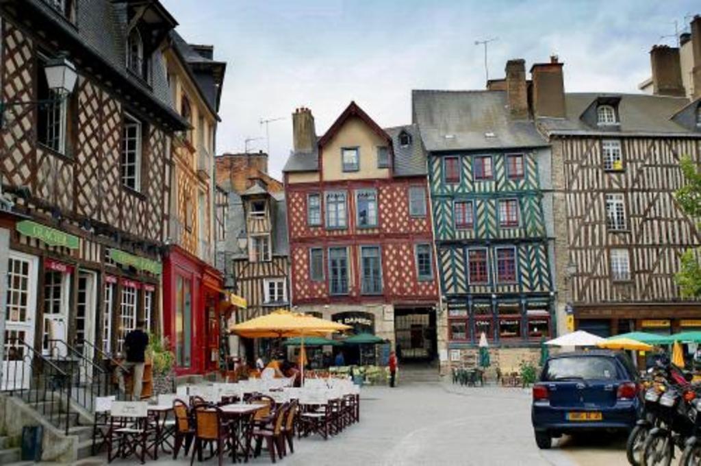 Rennes (40 minutes)