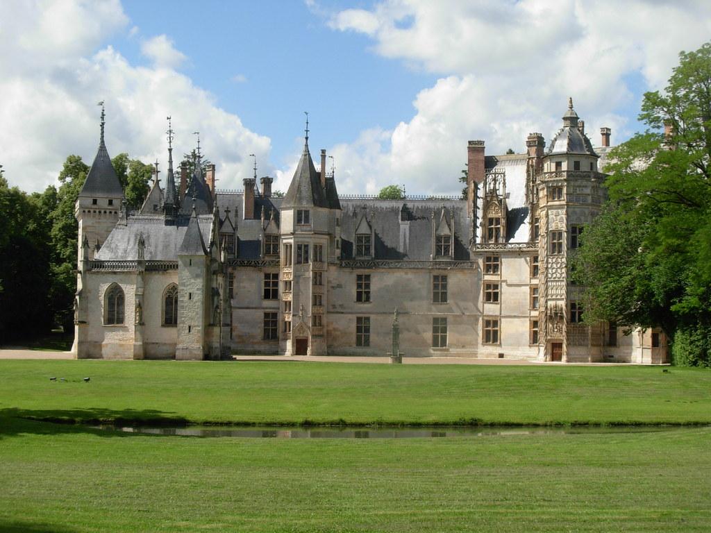 Meillant castle