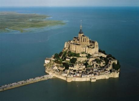 THE FAMOUS MONT SAINT MICHEL(1 hr from home)