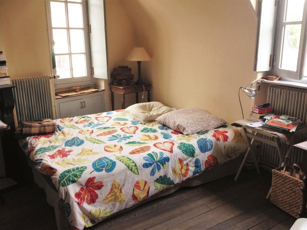 Suite parentale, vue sur le lit
