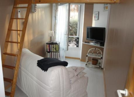 Bedroom 3 with TV